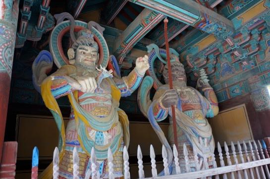 paznicii templului
