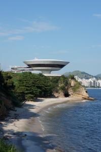 Rio Niteroi contemporary art museum